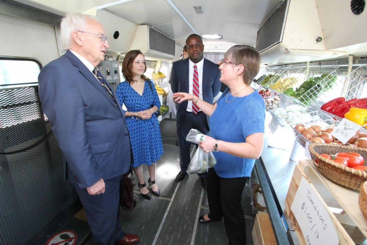 USDA Under Secretary Kevin Concannon visiting the Hartford Mobile Market